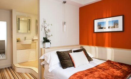 Milton Keynes: 1 or 2 Nights for Two with Breakfast and Early Checkin or Late Checkout at the Harben House