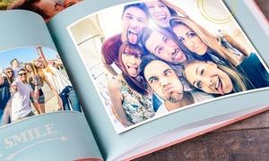 eColorland: Uno o 2 fotolibri personalizzabili da 28, 40 o 80 pagine con copertina rigida offerti da eColorland (sconto fino a 90%)