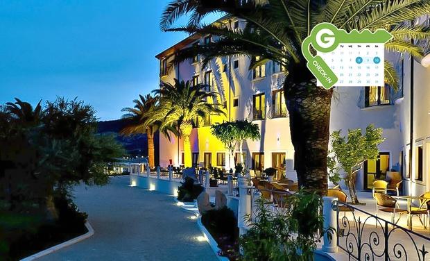 Hotel brancamaria cala gonone nuoro groupon for Hotel mezza pensione bressanone