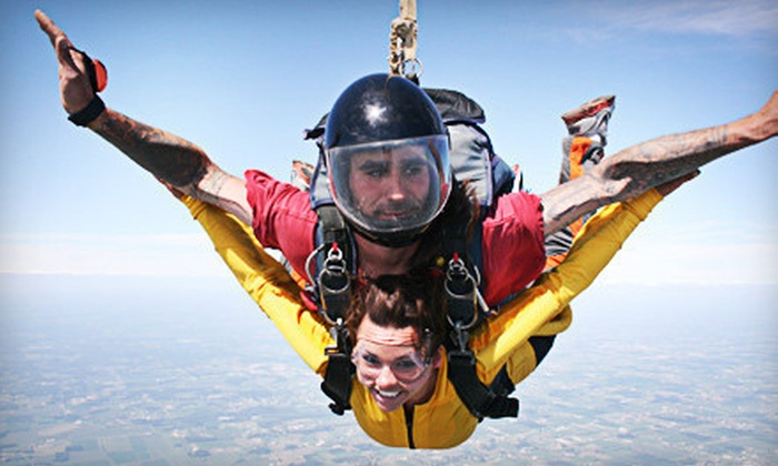 Skydive Horizonz - Michigan City: Skydive for One, Two, or Four at Skydive Horizonz (42% Off)