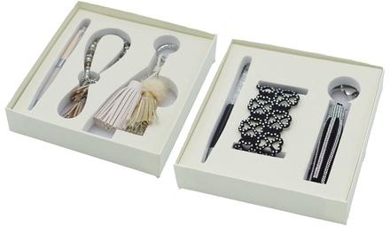 Boite cadeaux composée dun porte clés, dun bracelet et dun stylo