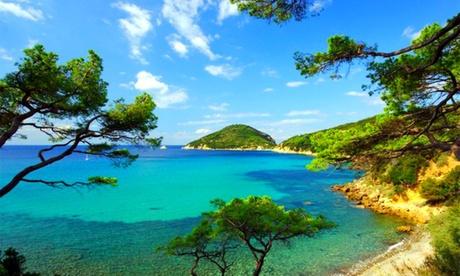 Isola d'Elba: soggiorno di 2 o 7 notti in bilocale fino a 2 o 4 persone al Club Velabianca