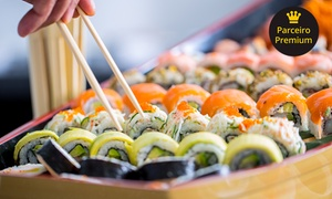 Chutoro Restaurantes Ltda - Me: Barca japonesa no almoço ou jantar para 2 ou 4 pessoas no Degust Sushi – Parque Industrial