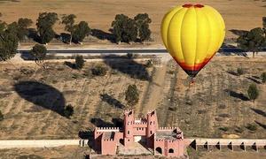 AirGlobo: Vuelo en globo y almuerzo campero con cava para una o dos personas por 139 € en Murcia