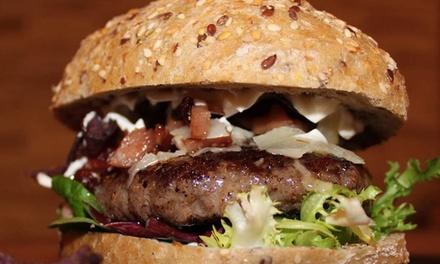 Menú para 2 o 4 personas de hamburguesas con postre y bebida en Perlita Burgers E Bar (hasta 70% de descuento)
