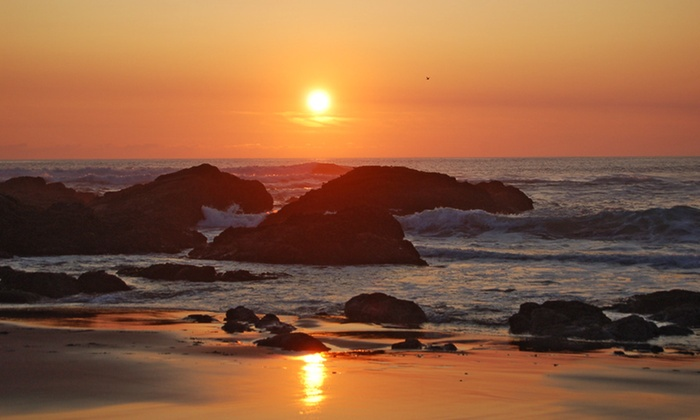 null - Salem OR: Stay at Starfish Manor Oceanfront Hotel in Lincoln City, OR, with Dates into June