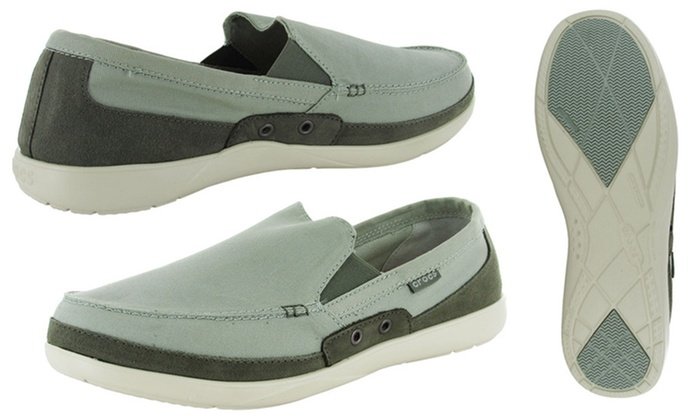 70c12562f Crocs Men s Walu-Accent Slip-On Loafer
