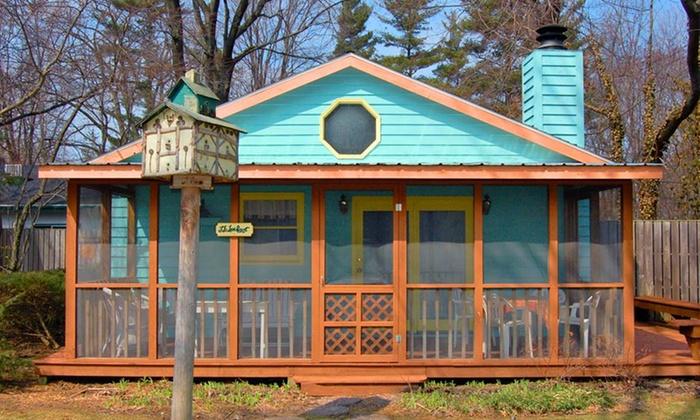 Pine Garth - Union Pier: 2-Night Stay at Pine Garth in Union Pier, MI