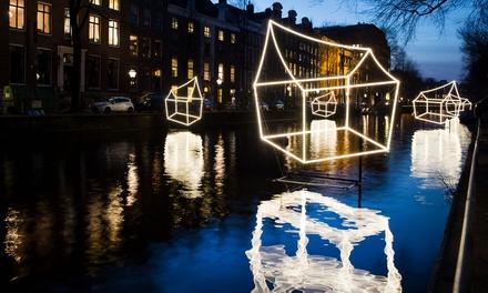 Rondvaart tijdens het Amsterdam Light Festival incl. open bar voor 120 personen bij BoatAmsterdam