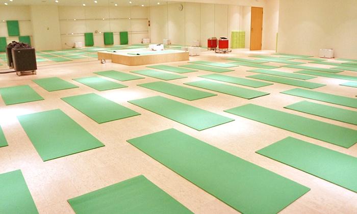 Hot Yoga Studio loIve 和歌山店 - Hot Yoga Studio loIve 和歌山店: 【最大85%OFF】駅近スタジオで気持ちいい汗を≪ホットヨガ2回体験+水&タオル&上下ウェア込/他2メニュー≫ @Hot Yoga Studio loIve 和歌山店