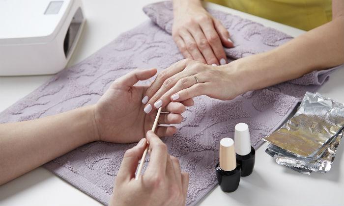 manicure en of pedicure nagelstudio florence groupon rh groupon nl