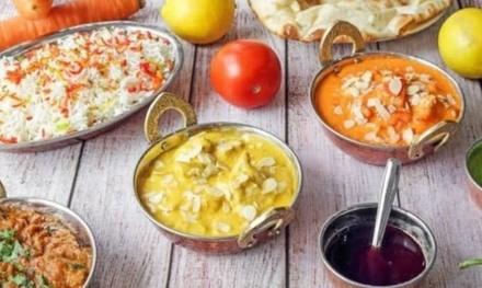 Menú pakistaní para 2 o 4 con entrantes, principal, postre y bebida en Nawaab Punjabi (hasta 50% de descuento)