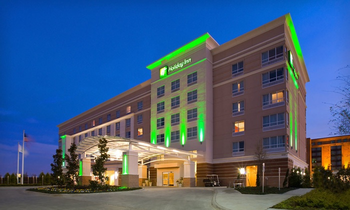 Holiday Inn Dallas-Fort Worth Airport South - CentrePort Business Park: One- or Two-Night Stay at Holiday Inn Dallas-Fort Worth Airport South in Fort Worth, TX