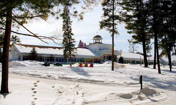 The Four Seasons Island Resort - Pembine, WI: 1- or 2-Night Stay with Welcome Drinks at The Four Seasons Island Resort in Wisconsin Northwoods