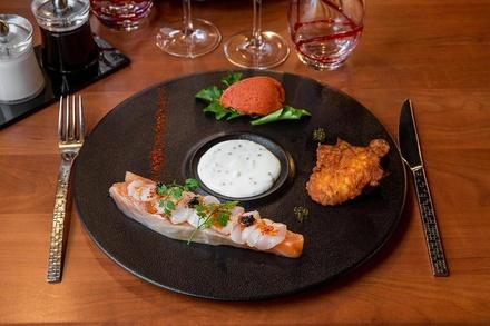 Repas gastronomique avec 2 menus Découverte en 6 services, par le chef Franck ANGELAUD, dès 59,90€ au restaurant Le Cohé
