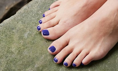 Up to 83% Off Pedicure or Toenail-Fungus Removal