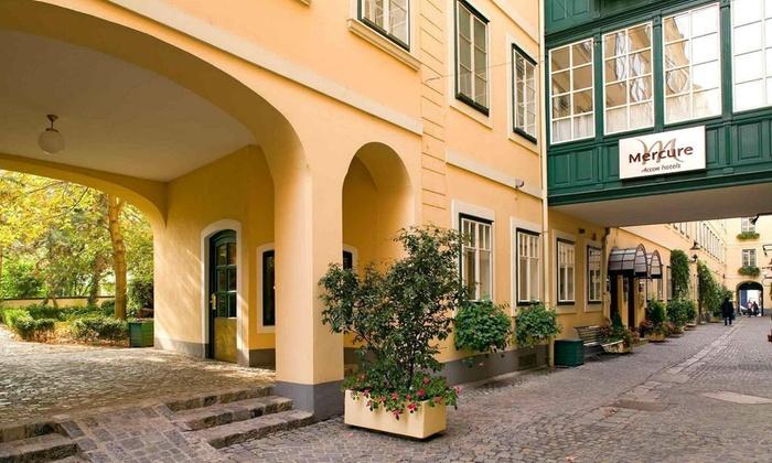 meilleur service a11c9 cc7e2 Budapest, Vienna, and Prague Tour or Prague Vacation with ...