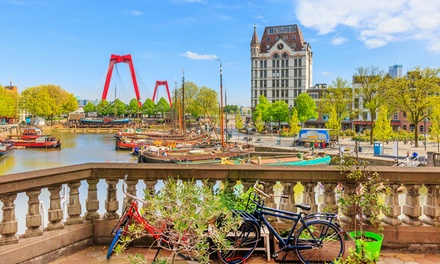 Groupon.it - Rotterdam: camera doppia o matrimoniale Standard con colazione per 2 persone all'Holiday Inn Express Rotterdam