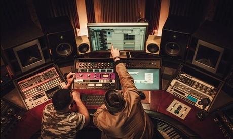 1, 2 ou 4h d'enregistrement en studio avec ingénieur du son dès 34,90 € avec New Time Song