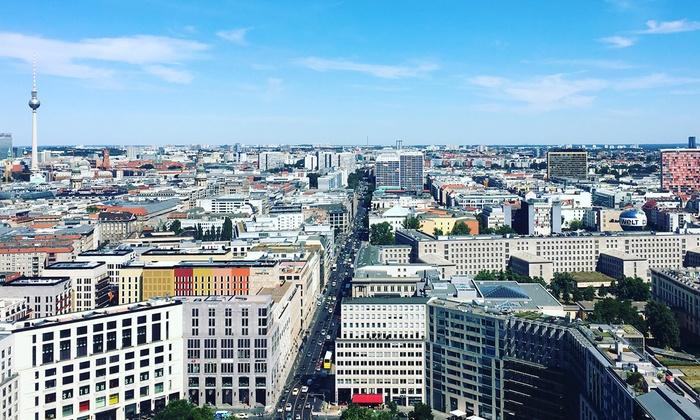 Panoramapunkt - Panoramapunkt: 2 VIP-Auffahrten für den Panoramapunkt Berlin inkl. 360°-Panoramakarte und Berlin-Stadtführer (50% sparen*)