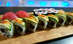 Sashimi Gastrobar: Bandeja de sushi de 25 piezas y botella de vino para llevar por 19 € en Sashimi Gastrobar