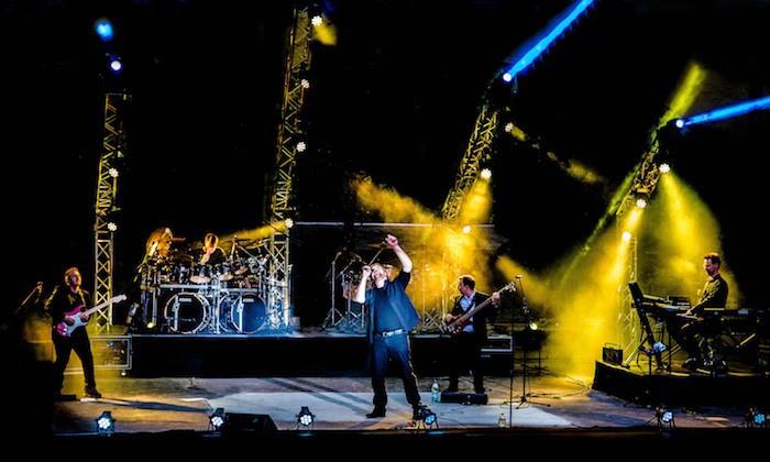 """Konzertagentur Fabian Piekert - Mehrere Standorte: 2 Tickets für die """"Genesis Tribute Show"""" von Februar-November 2018 u.a. in Berlin, Rheine, Aurich (bis zu 43% sparen)"""