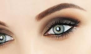 Au studio: Maquillage semi-permanent sourcils ou lèvres à 89,90 € à l'institut de beauté Au Studio