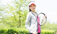 お子様や初心者もOK。楽しみながら上達を≪テニスレッスン・キッズコース(入会金込)/他3メニュー≫ @ユニバー神戸テニス倶楽部
