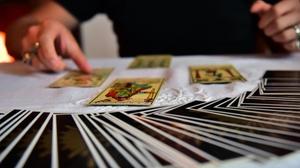 Voyance 1 domaine avec tirage de cartes