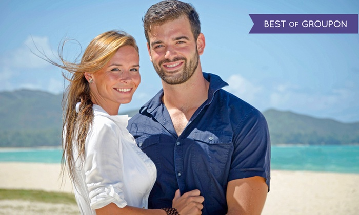 Hawaiianpix - Honolulu: Individual, Couple, or Family Photo Shoot with Prints from Hawaiianpix (Up to 76% Off)