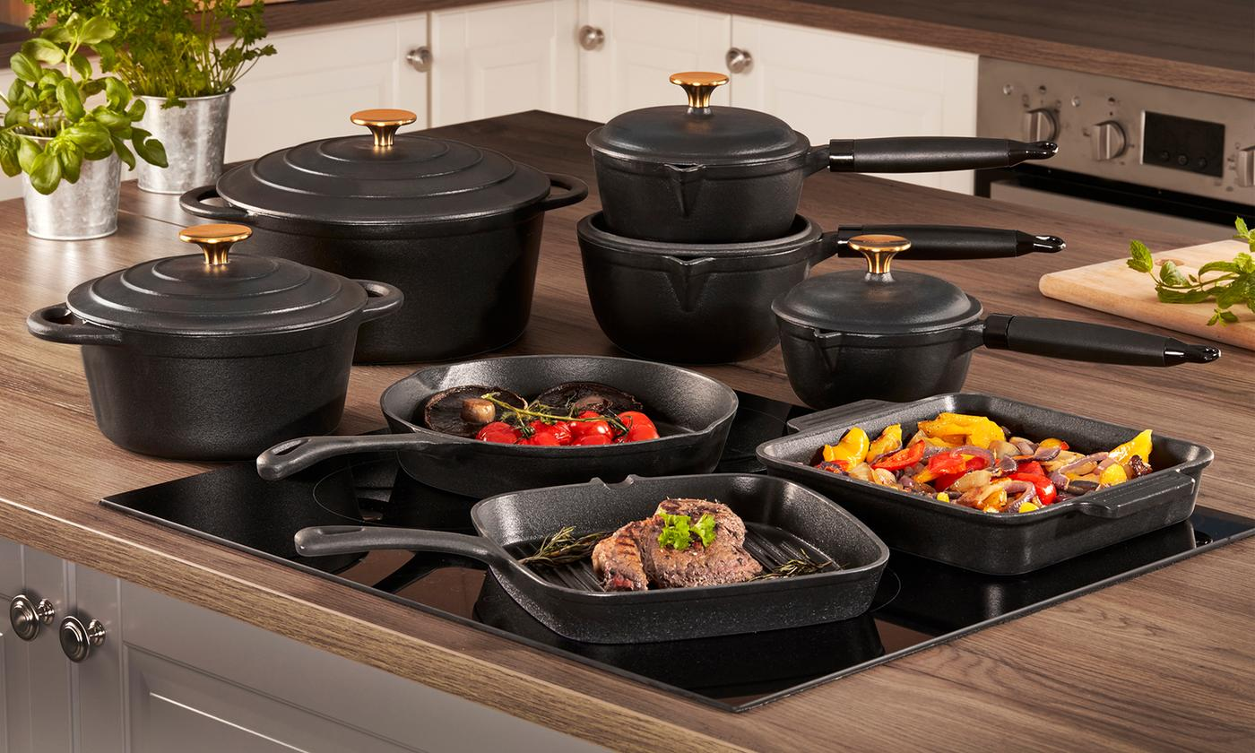 Cooks Professional Eight-Piece Cast Iron Cookware Set
