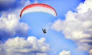 Klub Sportów Ekstremalnych Feel & Fly: Powietrzne akrobacje: lot paralotnią od 199,99 zł i więcej opcji z Klubem Sportów Ekstremalnych Feel & Fly
