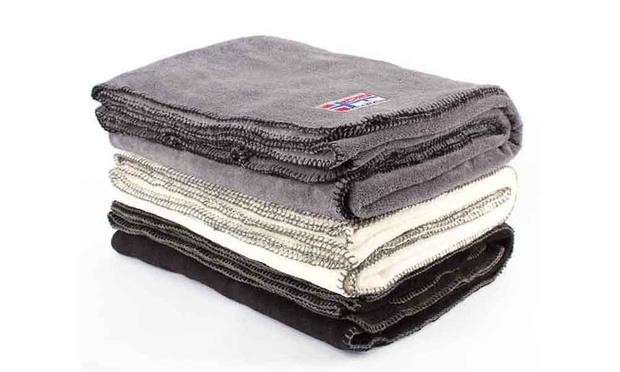 nebulus fleece decke groupon goods. Black Bedroom Furniture Sets. Home Design Ideas