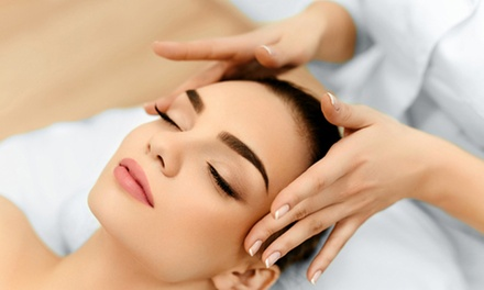 Facial and Mask with Hand Massage