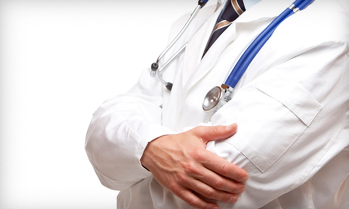 Express Medical Center - North Central Carrollton: $89 for a Medical Exam and Blood Tests at Express Medical Center ($340 Value)