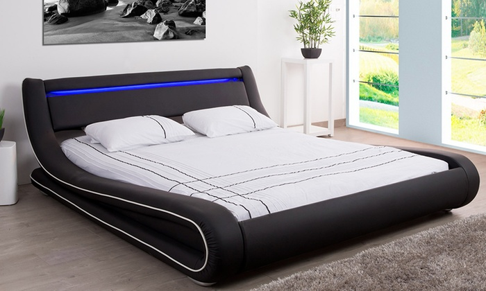 lit coffre led simili cuir avec ou sans matelas groupon shopping. Black Bedroom Furniture Sets. Home Design Ideas