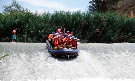 Descenso en rafting y rollerball por el río Segura con picnic y actividades para 1, 2, 4, 6 o 10 personas desde 17,90 €