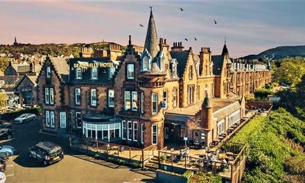 Edinburgh: Double Room with Breakfast