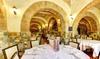 Ristorante il Borgo - Roma: Ristorante Il Borgo dal 1930, menu completo di mare o terra con bottiglia di vino per 2 persone (sconto 50%)