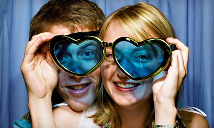 City Lights Photobooth - Los Angeles: $450 for a Four-Hour Photo-Booth Rental with Velvet-Rope Package from City Lights Photobooth ($900 Value)
