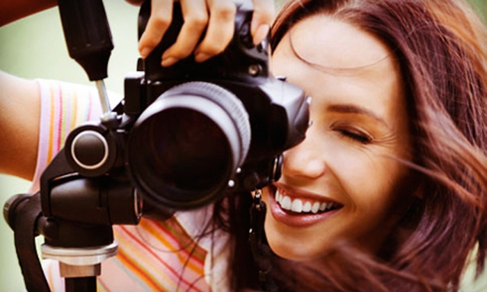 Nozomi Live Photography Workshops - Detroit: $29 for a Sip and Shoot Photography Class with Wine at Nozomi Live Photography Workshops ($60 Value)
