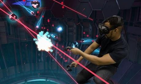 Experiencia de realidad virtual de 10, 20, 30 o 60 minutos para 1 o 2 personas desde 5,95 € en Vive Virtual Madrid
