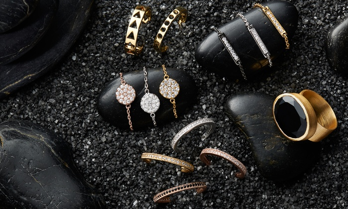 Gorjana: Gorjana Fashion Rings. Assorted Styles from $15. Free Shipping and Returns.