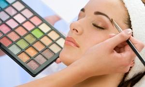 Magic Beauté: 1 cours de maquillage d'1h30 pour 1 ou 2 personnes dès 19,99 € au salon Magic Beauté