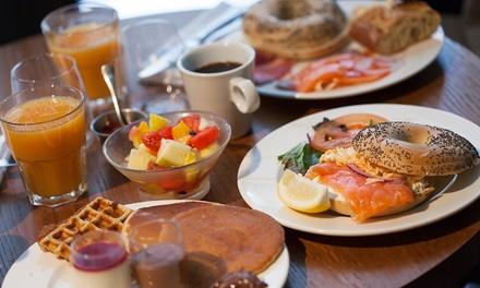 Brunch o after brunch para 2 o 4 con café/infusión, zumo, bebida, principal y postre desde 19,90 € en La Coquette