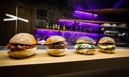 Hamburger gourmet e gin and tonic