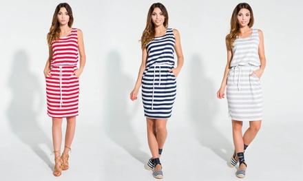 Gestreepte jurk zonder mouwen in kleur en maat naar keuze voor € 17,99 korting