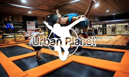 1 hora y media de saltos en camas elásticas para 1, 2 o 4 en Urban Planet Jump Oleiros (hasta 48% de descuento)