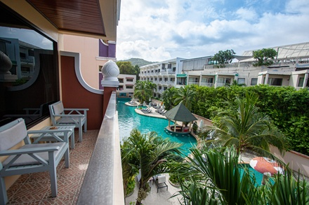 Thailand, Phuket: Five, Seven or Ten Nights for Two with Breakfastand Food Discounts at Karon Sea Sands Resort