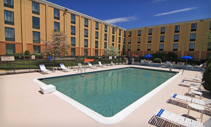 null - Hartford: Stay at Comfort Inn Randolph in Greater Boston; Dates Through July Available